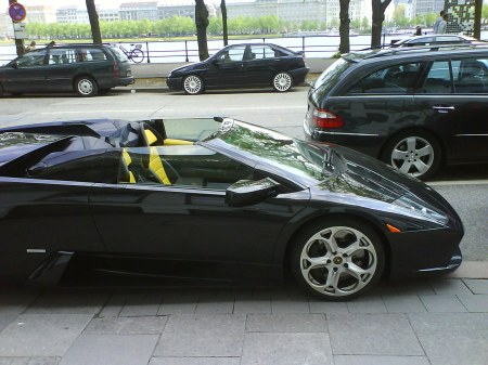 A Lambourghini Murciélago Roadster, not every day you get to see such a fine lady